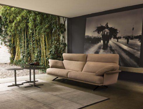 Metropolis metropolis design bologna alcuni divani metropolis - Musica divano era ...