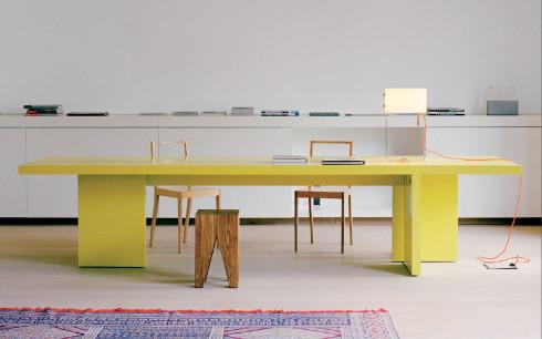 tavolo giallo